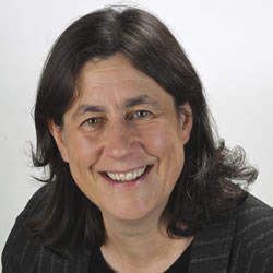 Chantal Hebert, French / Bilingual Speaker, Political Raconteur and Columnist, Profile Image