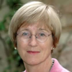 Frances Cairncross, Business and Economy Speaker, Journalist, Profile Image